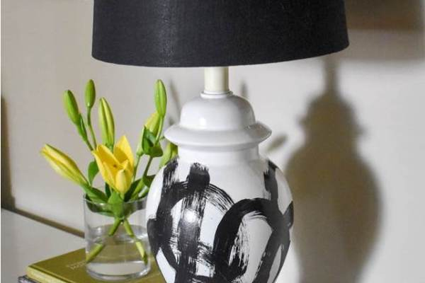 Easy DIY Brushstroke Lamp Tutorial