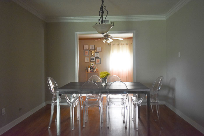 An Easy DIY Dining Room Accent Wall Update With Gorgeous Sparkling Damask  Wallpaper And All Materials