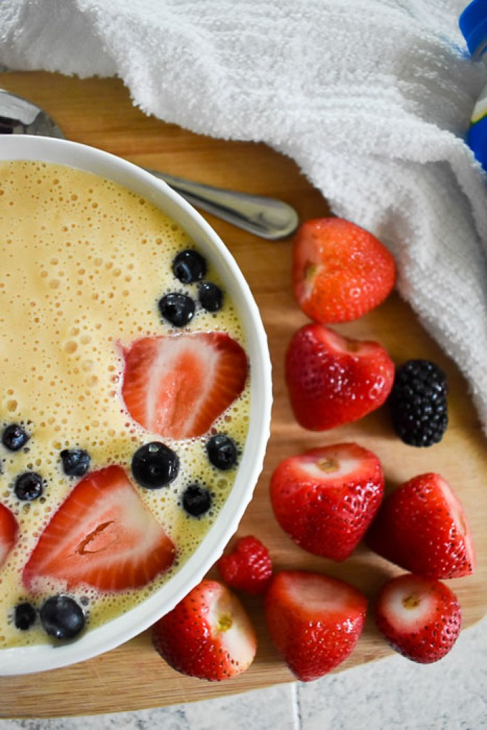 smoothie bowl and berries