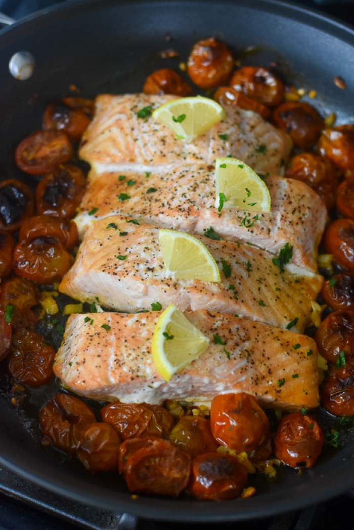 simple salmon and sweet baby tomatoes cooked in one pan