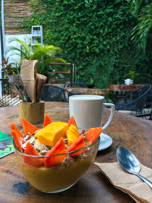 healthy belly bowl and chai latte at Raw Love Tulum Pueblo
