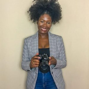 Self-Photography Tips for Bloggers