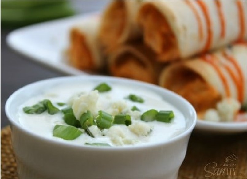 Slow Cooker Buffalo Chicken Taquitos