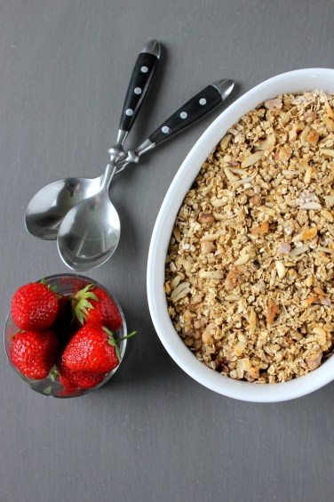 Baked oatmeal with rhubarb and strawberries