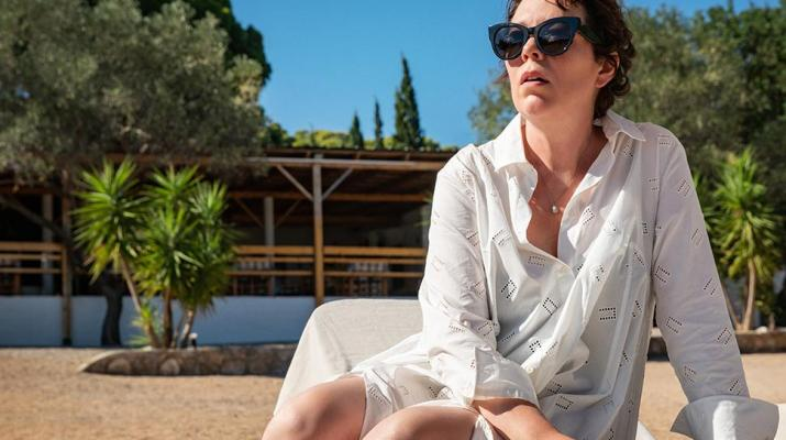The Lost Daughter recensione film Maggie Gyllenhaal DassCinemag