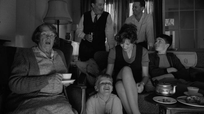 La recensione di Belfast, il nuovo film di Kenneth Branagh