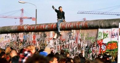 Berlin Duvarı yıkılışı