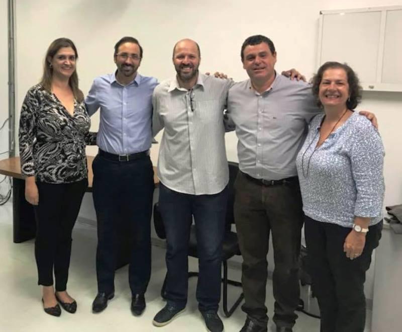 Silvana Vertematti, Paulo Roberto Szeles, André Brazolin, Carlos Vicente Andreoli e Liane Catani / Foto: Divulgação