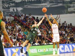 Yago registrou seu novo recorde de pontos e liderou o CAP na vitória sobre o Bauru / Foto: Davi Tiago/CAP