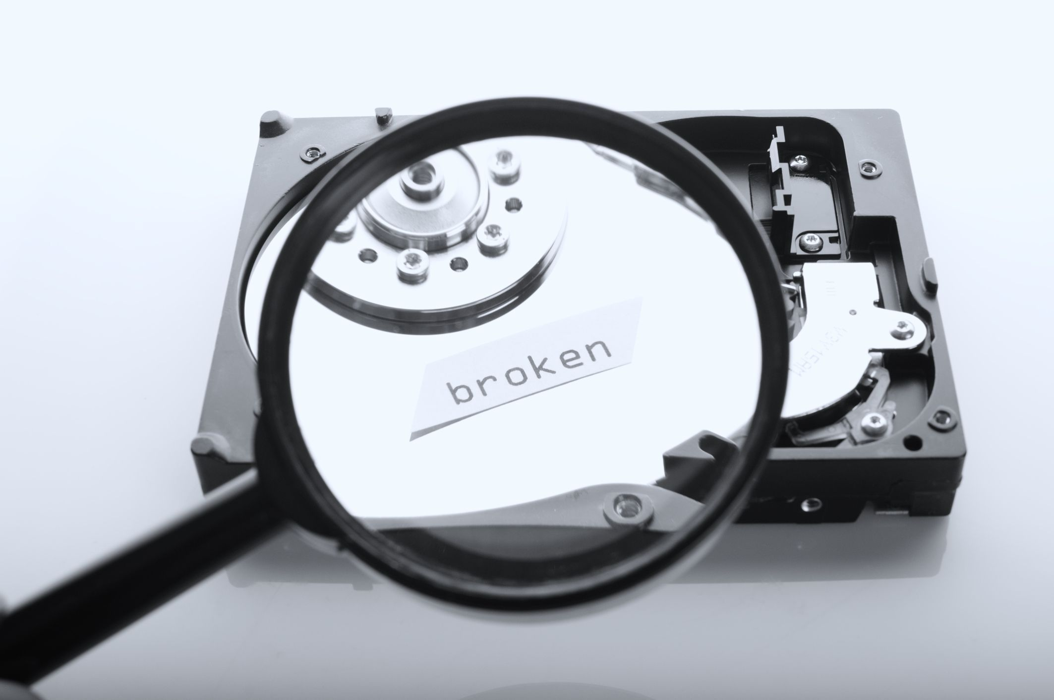 A Deep Insight into Mechanical Failures in Hard Disk Drive (HDD)
