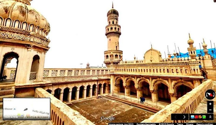 Google Street View team place a visit to beautiful monument Charminar