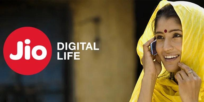 Reliance Jio Opens up - start bundling Jio 4G SIM with LYF Smartphones