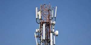 Cabinet Approves BSNL To Monetize Its Mobile Tower Assets