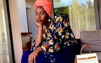 Photo of Kannywood's Nafisa Abdullahi looking for 'twitter assistant'