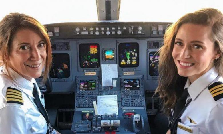 Donna and Suzy Garrett of SkyWest Airlines