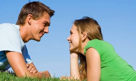 facts about eye contact flirting