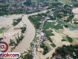Sumbar Dilanda Banjir dan Longsor hingga Akhir Pekan