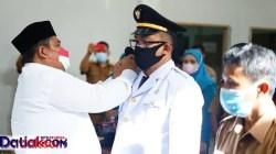 Dion Pranata saat dilantik sebagai Camat 2x11 Kayutanam
