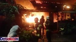 kawasan asrama TNI AD Cengkeh kebakaran