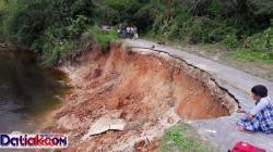 Kondisi jalan di Jorong Buluahkasok