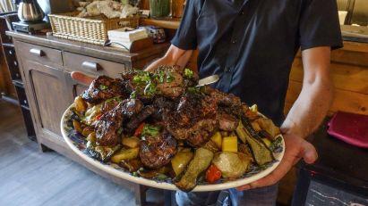 Abendessen in der Gite von Serriera