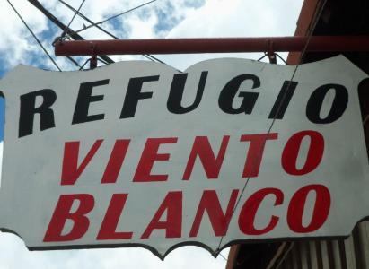 Convenio con Refugio Viento Blanco – Las Cuevas, Argentina
