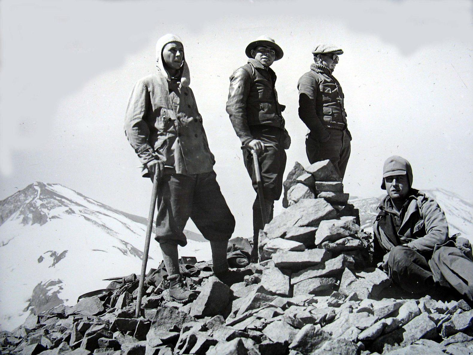 Primer Ascenso del Morado y Mesón Alto – Traducción del relato de 1929