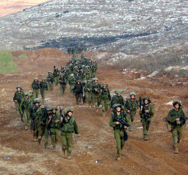 חיילים מגדוד גרניט של חטיבת הנחל חוזרים מלבנון, אוגוסט 2006