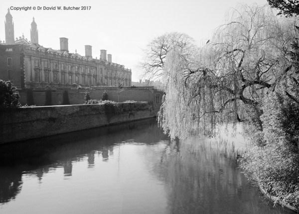 Cambridge Clare College and River Cam, England
