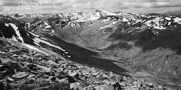 Carn Eighe to Sgurr nan Ceathreamhnan, Glen Affric, Scotland