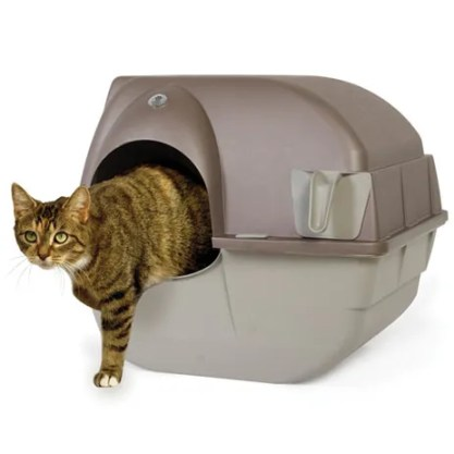 Omega Paw Roll'n Clean Litter Box.
