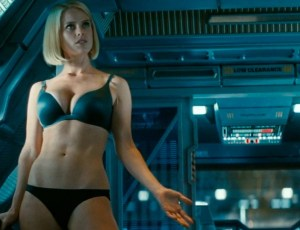 alice-eve-star-trek-into-darkness-carol-marcus-underwear-600x461