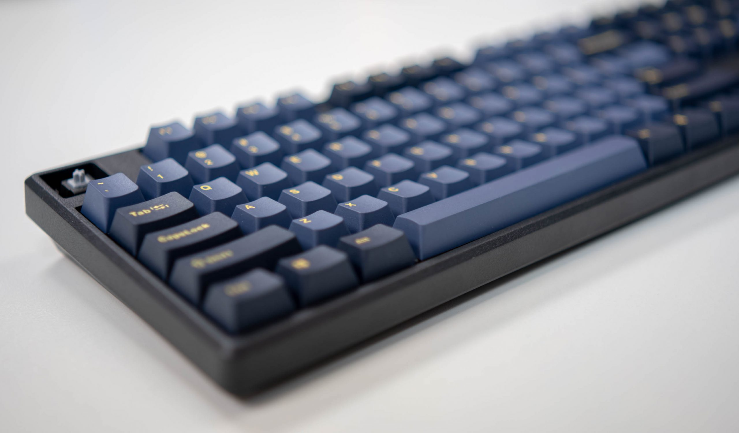 Mistel X-VIII – Mechanical Keyboard Review