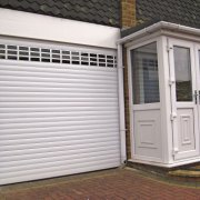 A Comparison of Insulated and Non Insulated Garage Roller Doors