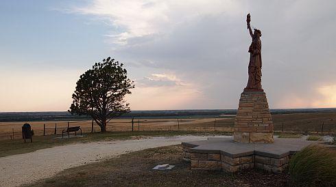 smith center statue of liberty replica