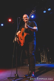 Paul McLaney live at the Powerstation, Auckland 19 April 2017