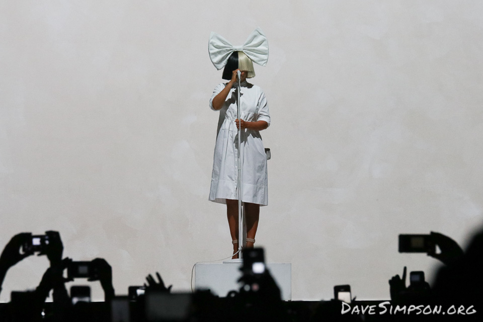 SIA live in Auckland – dave simpson photography