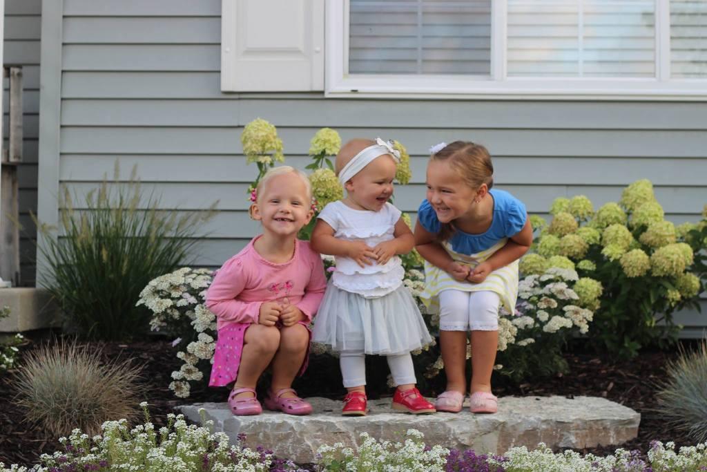 three-stuart-girls