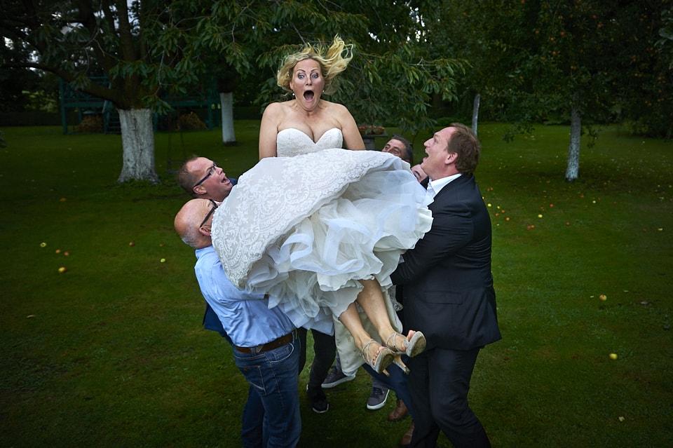 Huwelijksfotograaf groepsfoto