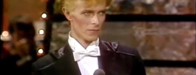 David Bowie presents Aretha Franklin with her award at the 1975 Grammys (HQ)