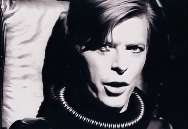 David Bowie – Ashes To Ashes (Nacho's 2020 Extended Video)