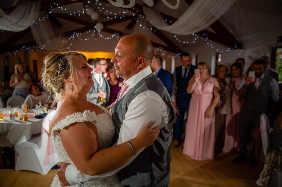 Thame Barns Centre, Thame – Wedding – Sneak Peek!