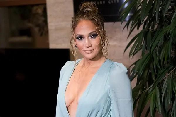 Netflix arruola Jennifer Lopez per realizzare contenuti inclusivi