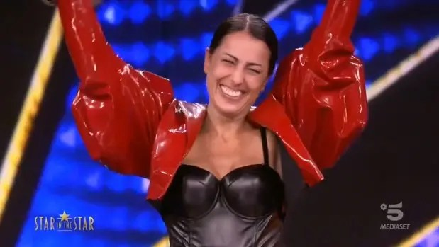 Star in the Star: vince Loredana Bertè (Syria). Tutti gli svelamenti – Foto e Video