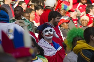 Chile-fan-in-makeup-004