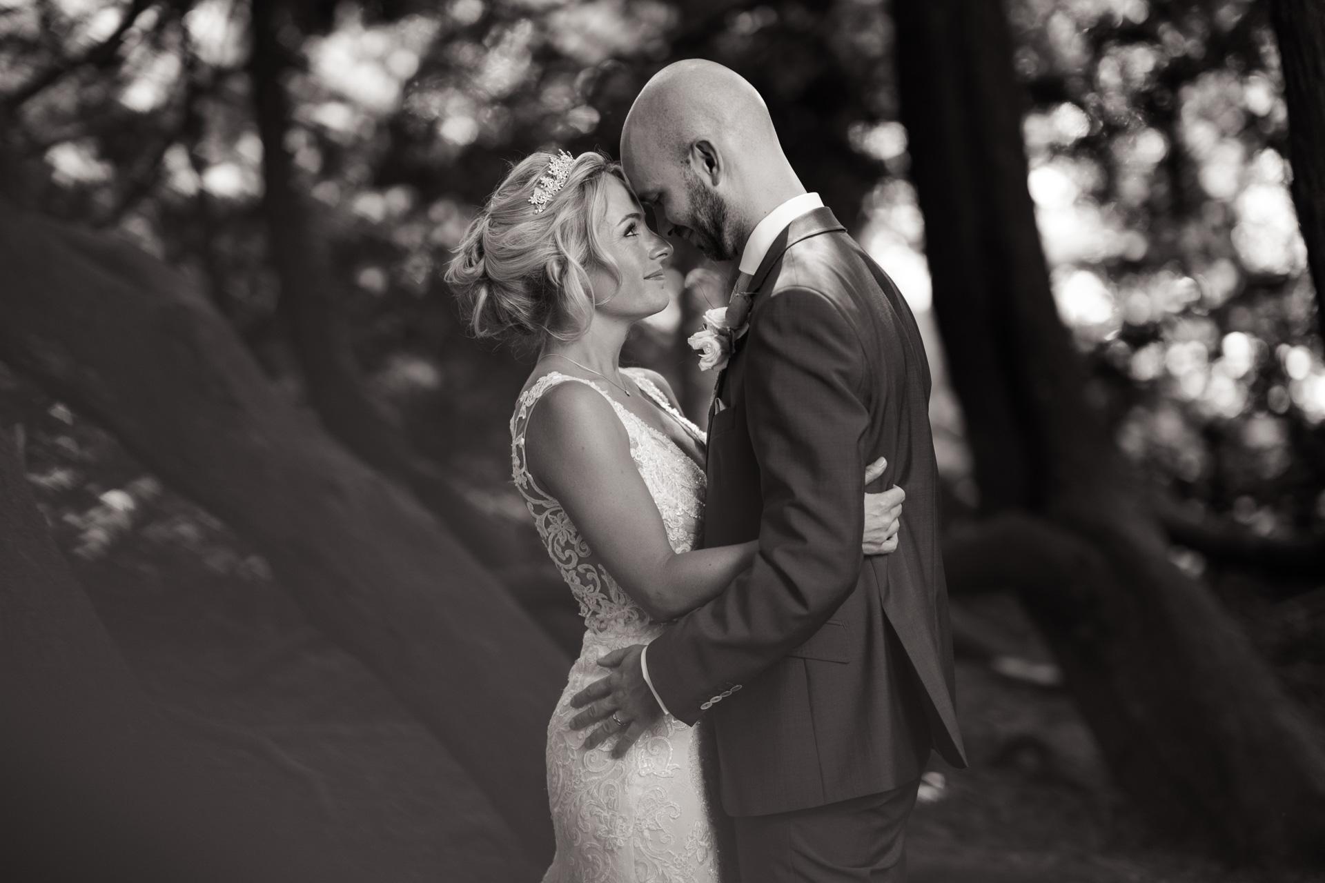 huntsham-court-wedding-photographer-032