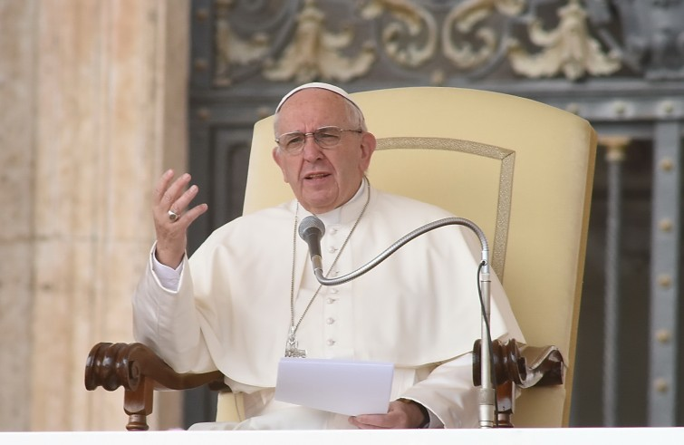 Pope Francis and Non-Judgmental Theology