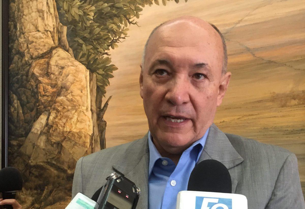Tramita ex secretario de Hacienda de Graco amparo judicial
