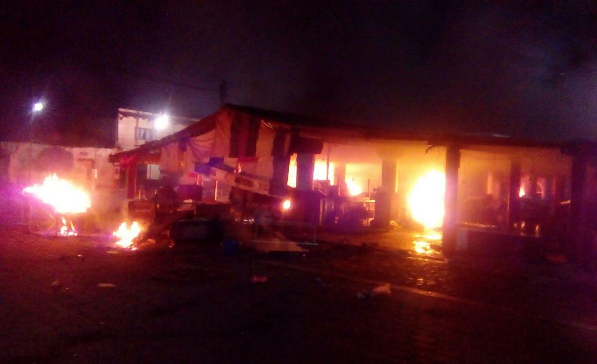 Chocan policías y pobladores en Totolapan: Tres heridos (con video)