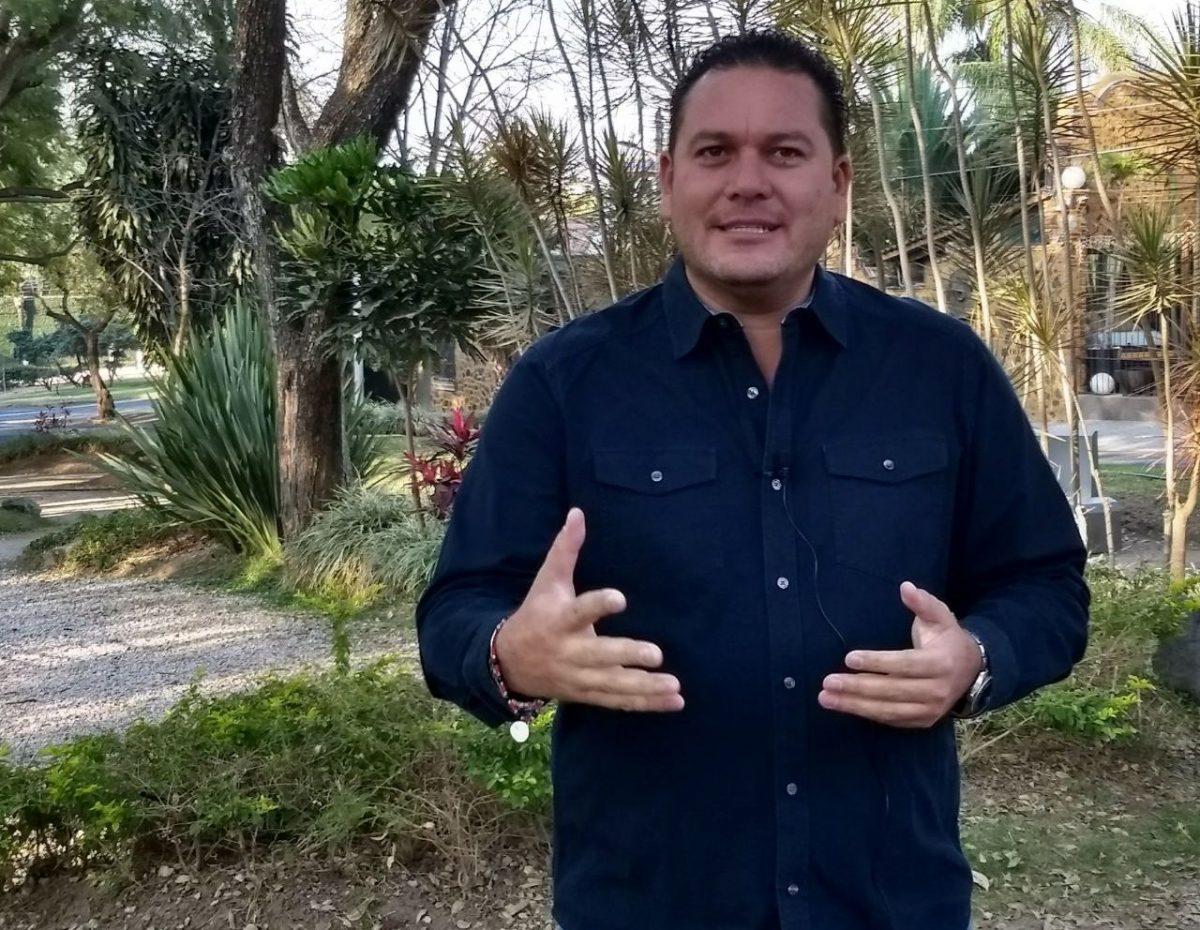 Trabajo y honestidad, claves para rescatar Cuernavaca: Julio Yáñez